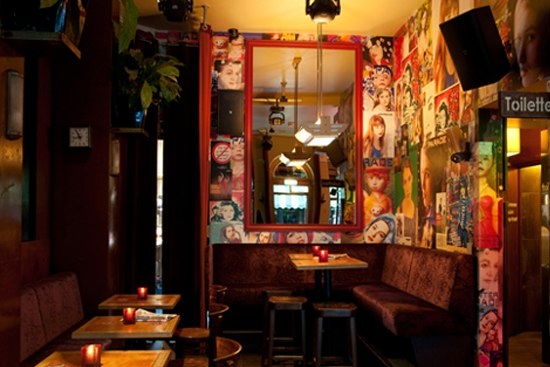 Architectenbureau ruiters architectuur utrecht verbouwing cafe orloff utrecht hoekbank - Eigentijdse bar ...